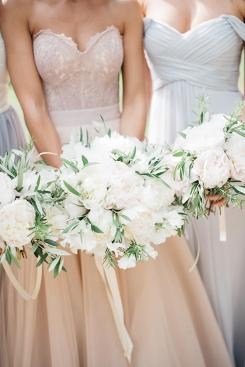 17-white-green-blush-blue-wedding